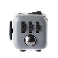 Кубик - антистресс Fidget Cube (Непоседа Куб) в подарочной упаковке - фото http://sundukzhelaniy.ru/images/upload/122.jpg