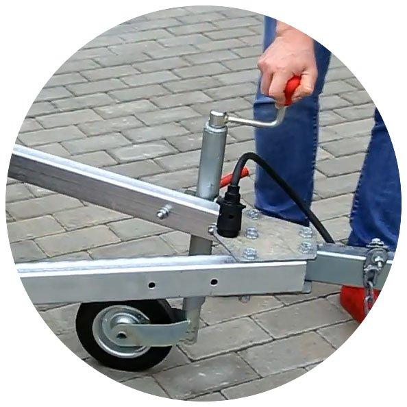 Прицеп для легкового автомобиля Уралец (8213 00) - фото опорное колесо уральца 8213
