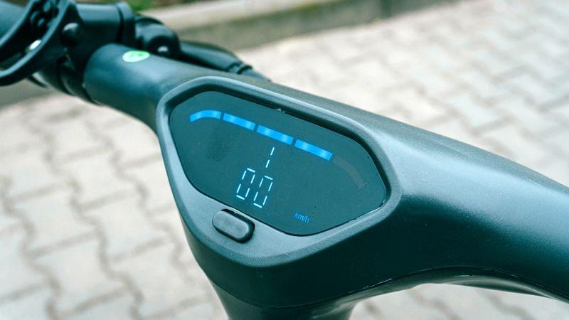 Triumph X100