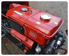 Мини-трактор Rossel XT-184D (18 л.с., ВОМ, дифференциал) - фото Rossel R18.jpg