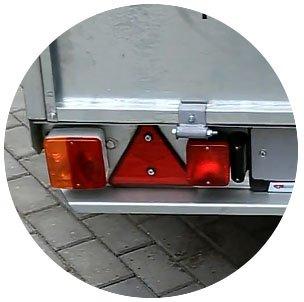 Прицеп для легкового автомобиля Уралец (8213 00) - фото световые приборы прицепа уралец