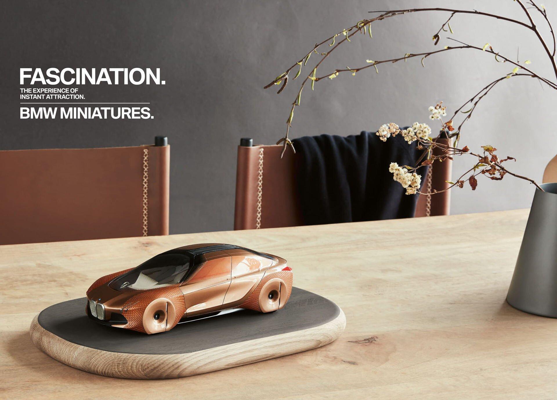Коллекция аксессуаров BMW LIFESTYLE 2018-2020 - фото pic_84189fdd5a24bc4_1920x9000_1.jpg