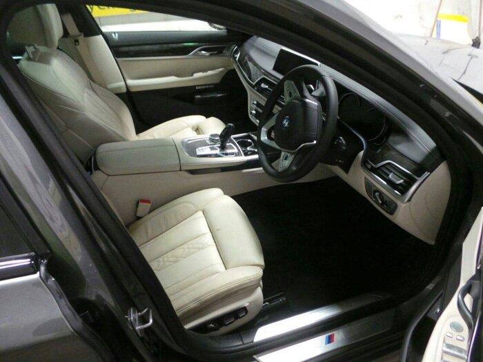 Машинокомплект BMW 730d (G11) - фото pic_01c5112f3e9d5a7_700x3000_1.jpg