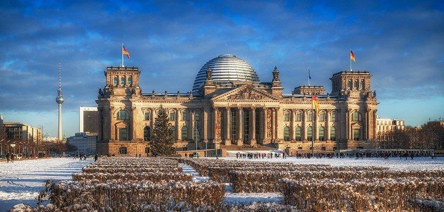 Встреча Нового года в Париже + Берлин, Брюссель, Амстердам - фото pic_0f2e7fd6c76bd35_1920x9000_1.jpg
