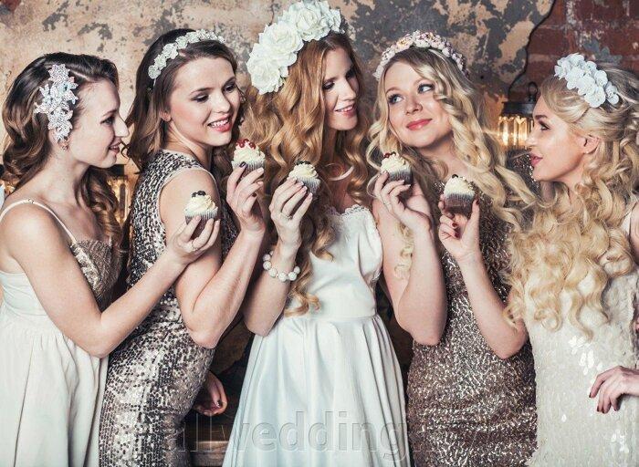 Красивые и яркие ободки и венки для невесты или ее подружек. - фото 4
