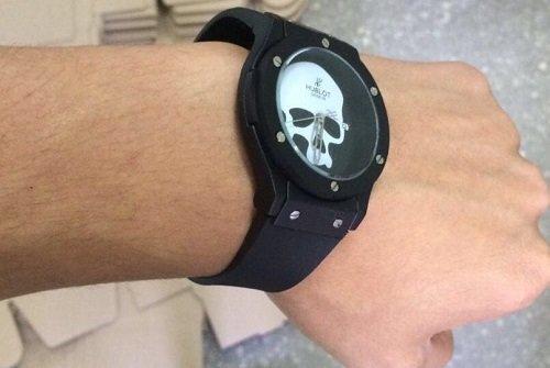Часы Hublot Skull Bang кварцевые - фото pic_ce6ae3654a45b0e_1920x9000_1.jpg
