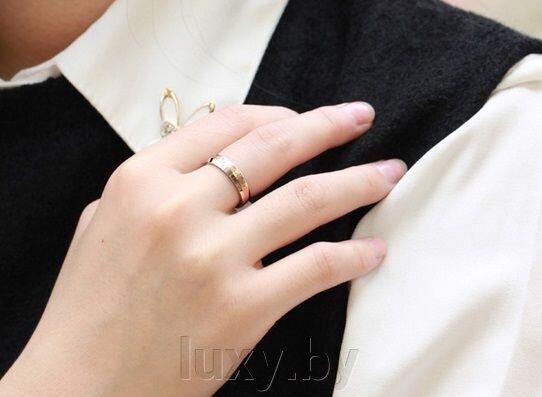 Кольцо обручальное из стали с цирконом и позолотой - фото pic_a2683995a9459e6_700x3000_1.jpg